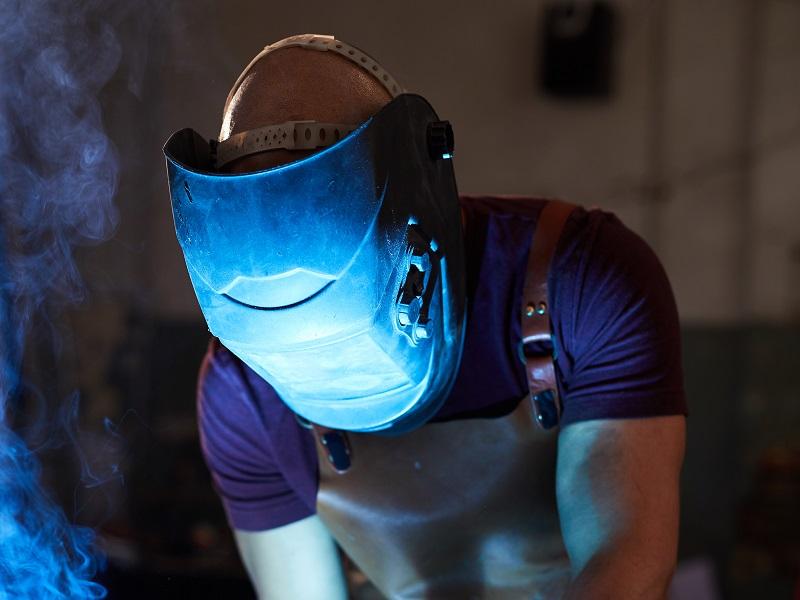best welding helmet buying guide