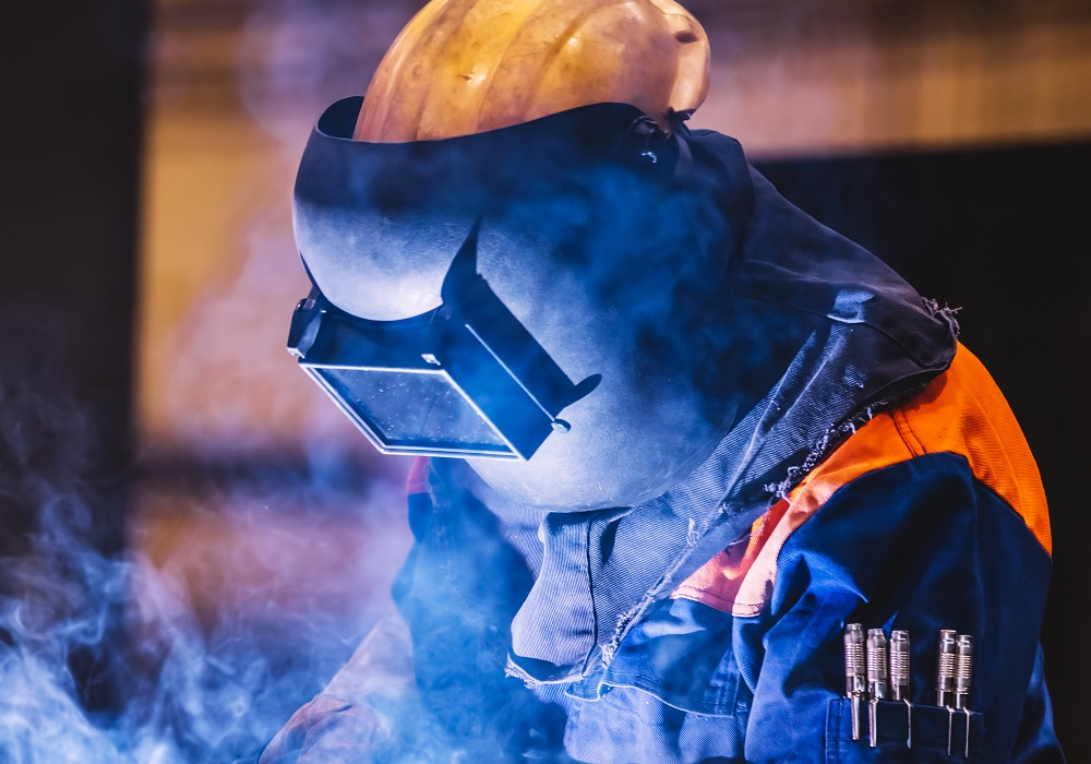 Top 10 Best Welding Helmets For 2021- Reviews and Buying Guide 2