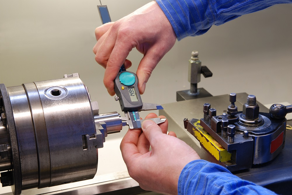 Things to Consider Before Buying Metal Lathe